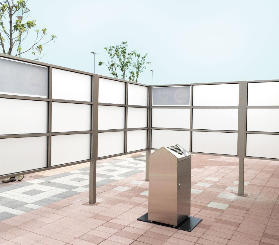 屋外喫煙スペース施工